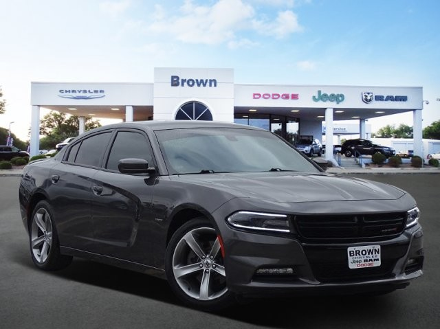 Pre Owned 2017 Dodge Charger R T Rwd 4dr Car In Devine D16375a