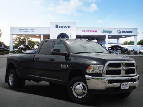 New 2018 RAM 3500 Tradesman 4x4 Crew Cab 8' Box