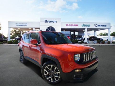 NEW 2017 JEEP RENEGADE LATITUDE FRONT WHEEL DRIVE SUV
